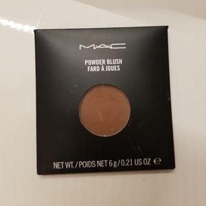 Mac blush in swish chocolate